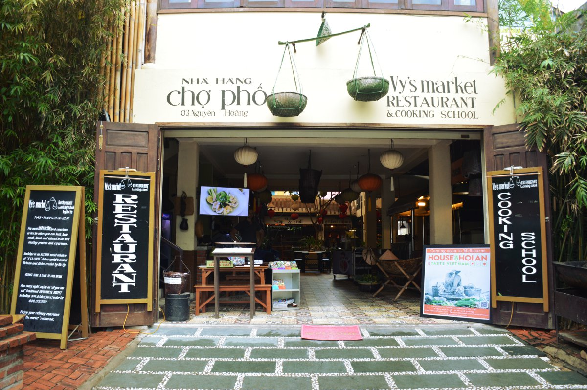 Vy's Market Hoi An Double-Barrelled Travel