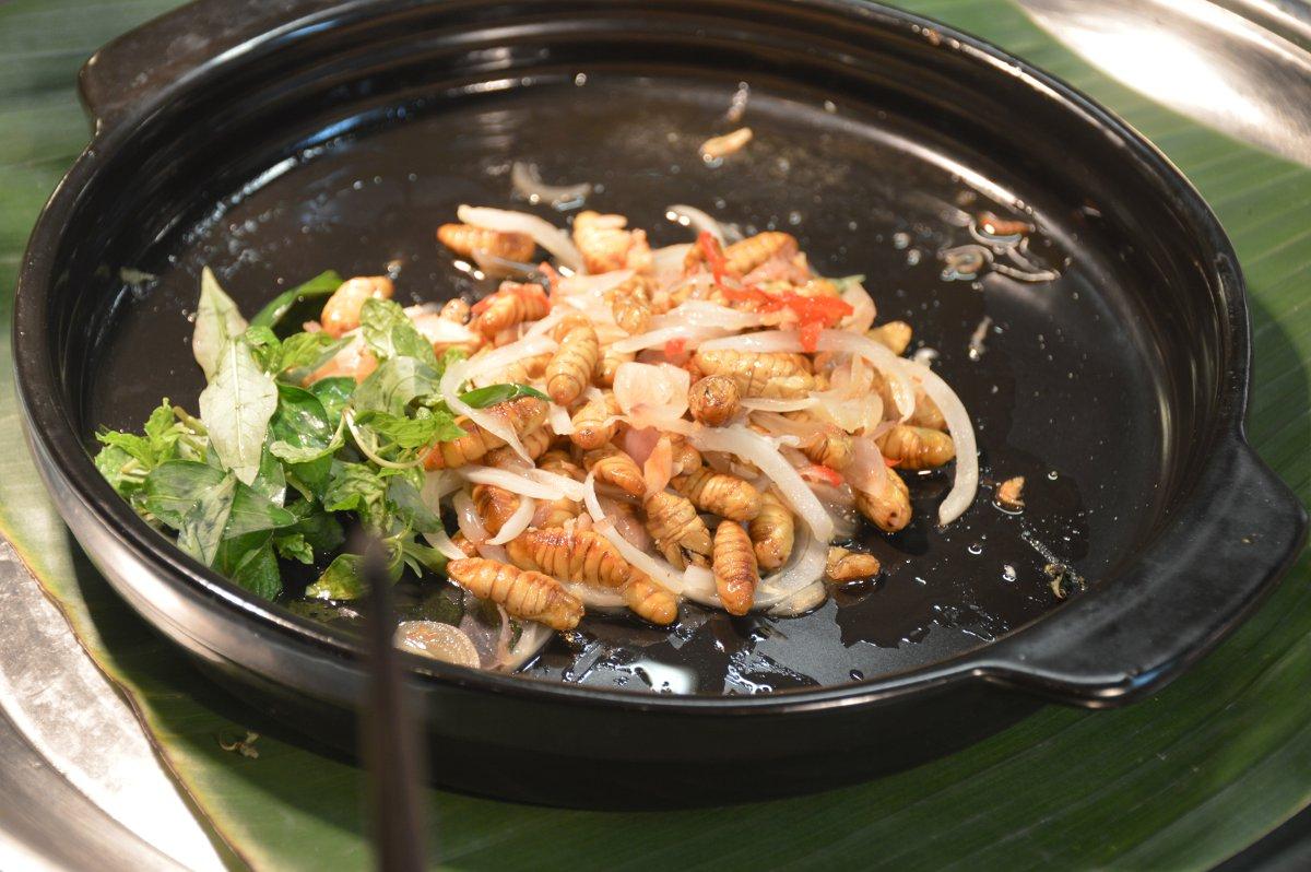Worms Vietnam Double-Barrelled Travel