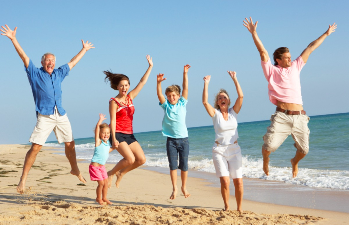 Family beach trip - Double-Barrelled Travel