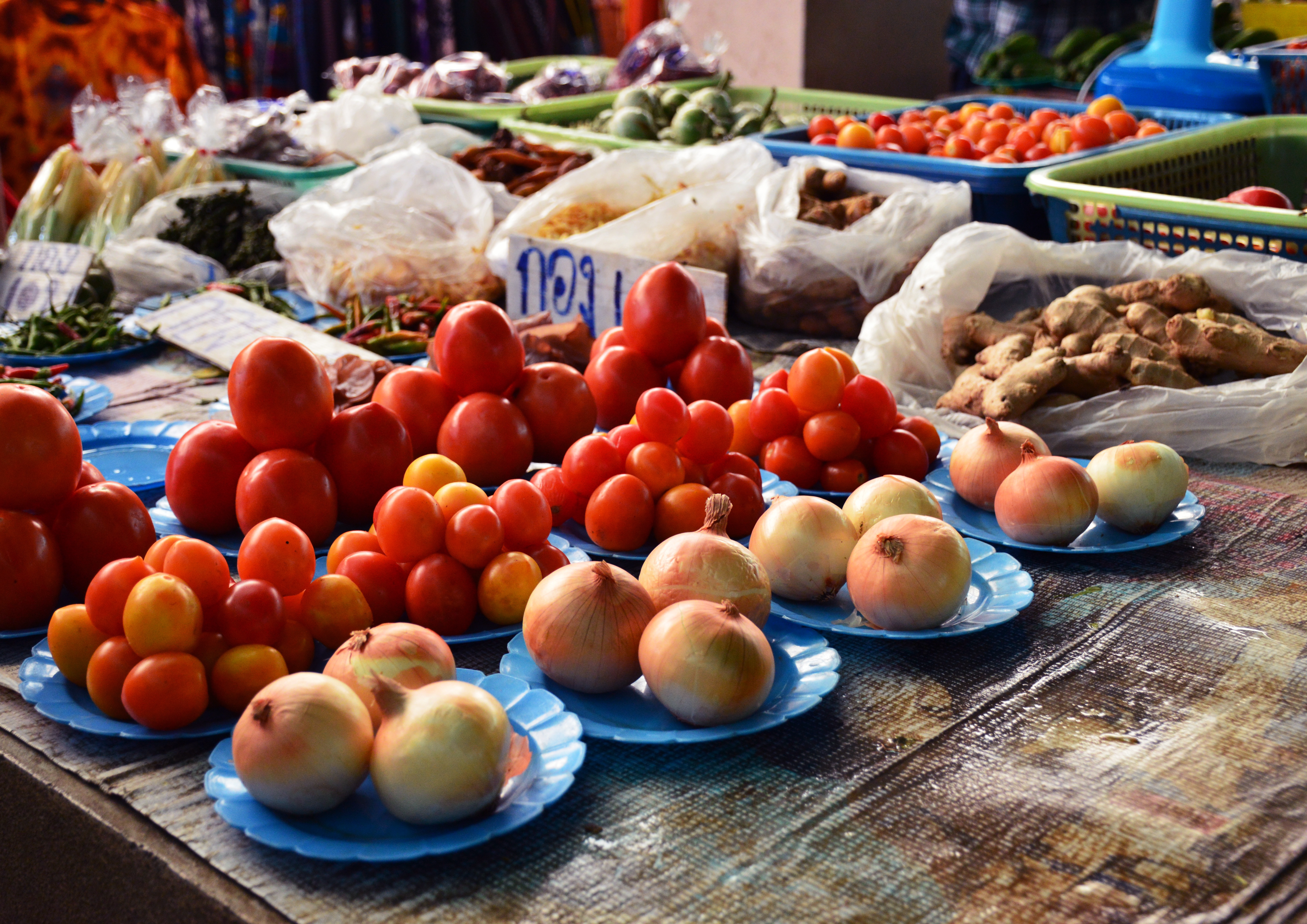 Fruit and veg market Asia Scenic cooking school Double-Barrelled Travel
