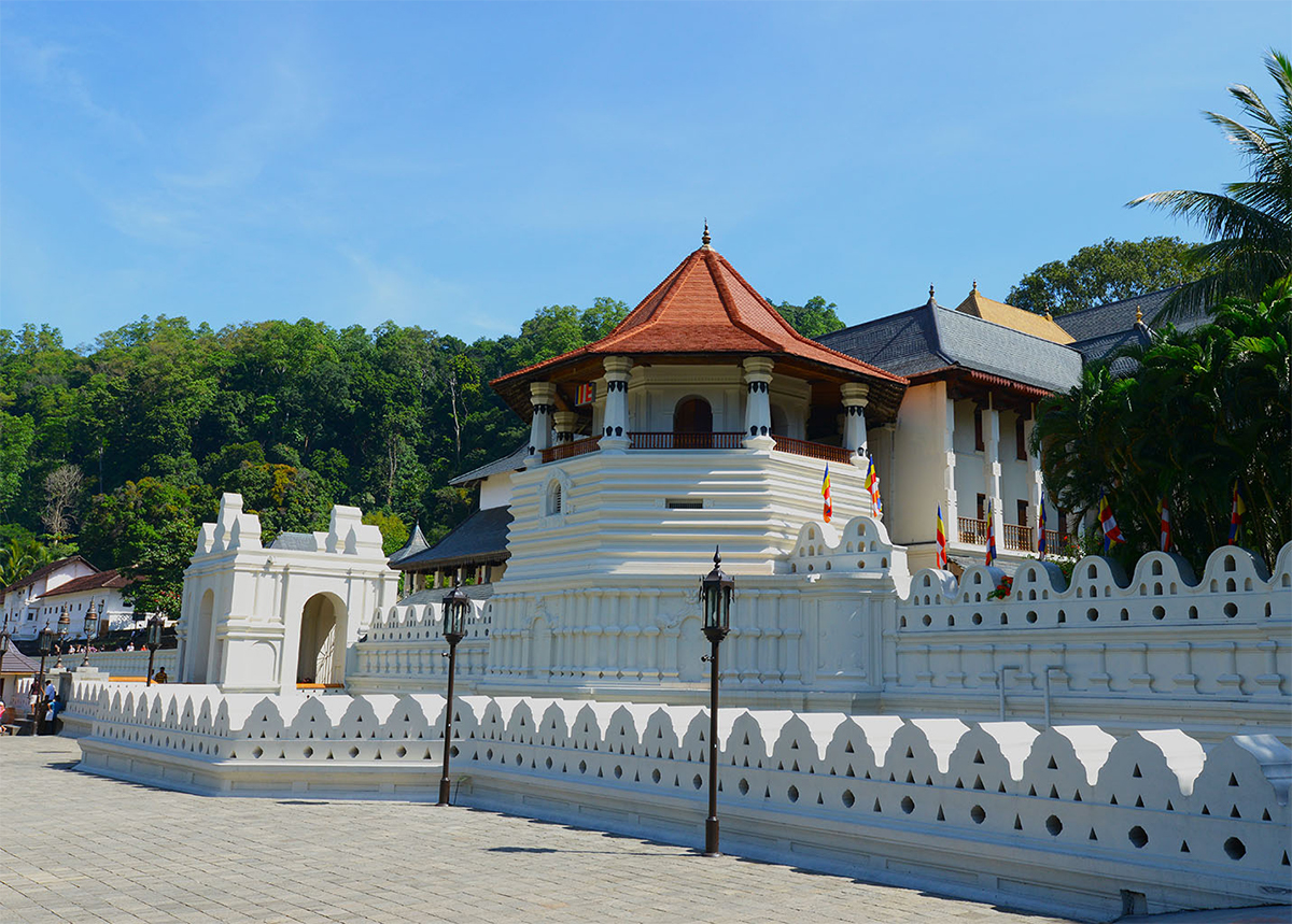 The Temple of the Sacred Tooth Relic in Kandy Double-Barrelled Travel