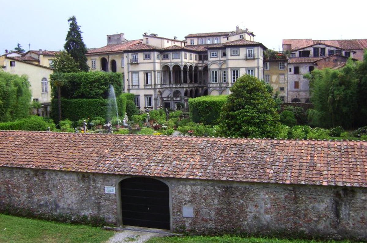 Tuscany region Lucca old wall Double-Barrelled Travel