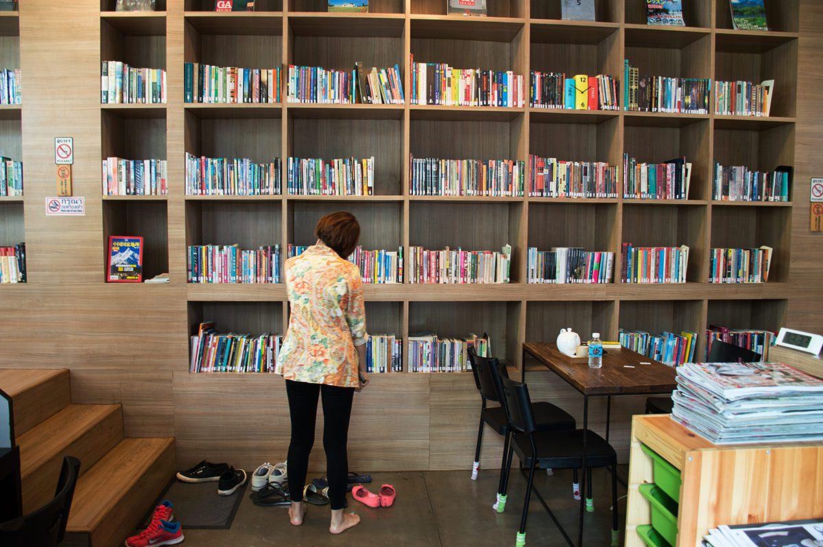 Cafes in Chiang Mai Librarista Double-Barrelled Travel