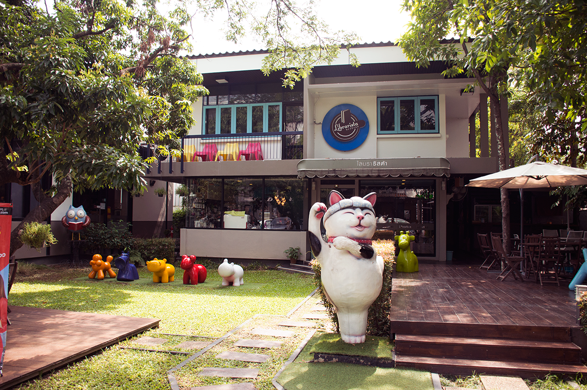 Cafes in Chiang Mai Librarista exterior Double-Barrelled Travel