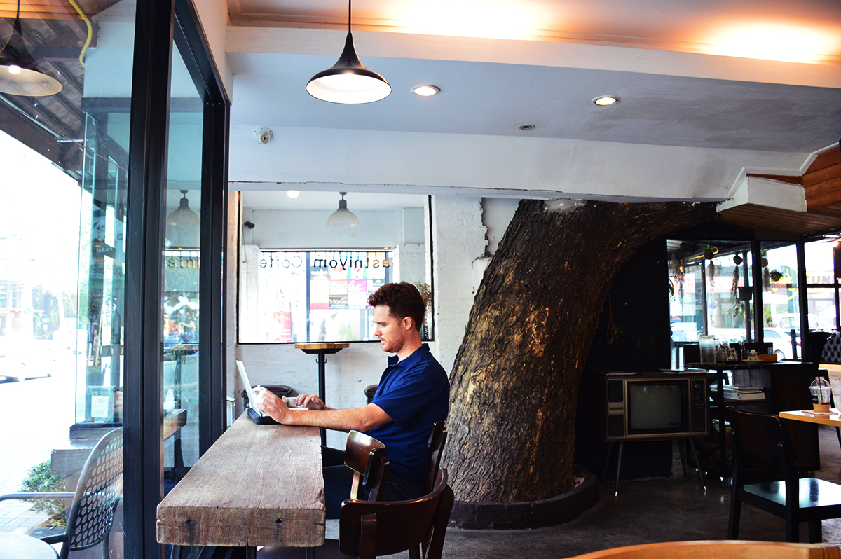 Cafes in Chiang Mai Roastniyom Double-Barrelled Travel