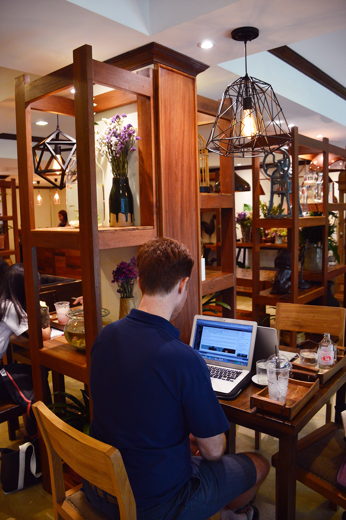 Cafes in Chiang Mai Shewitkhontammada Double-Barrelled Travel