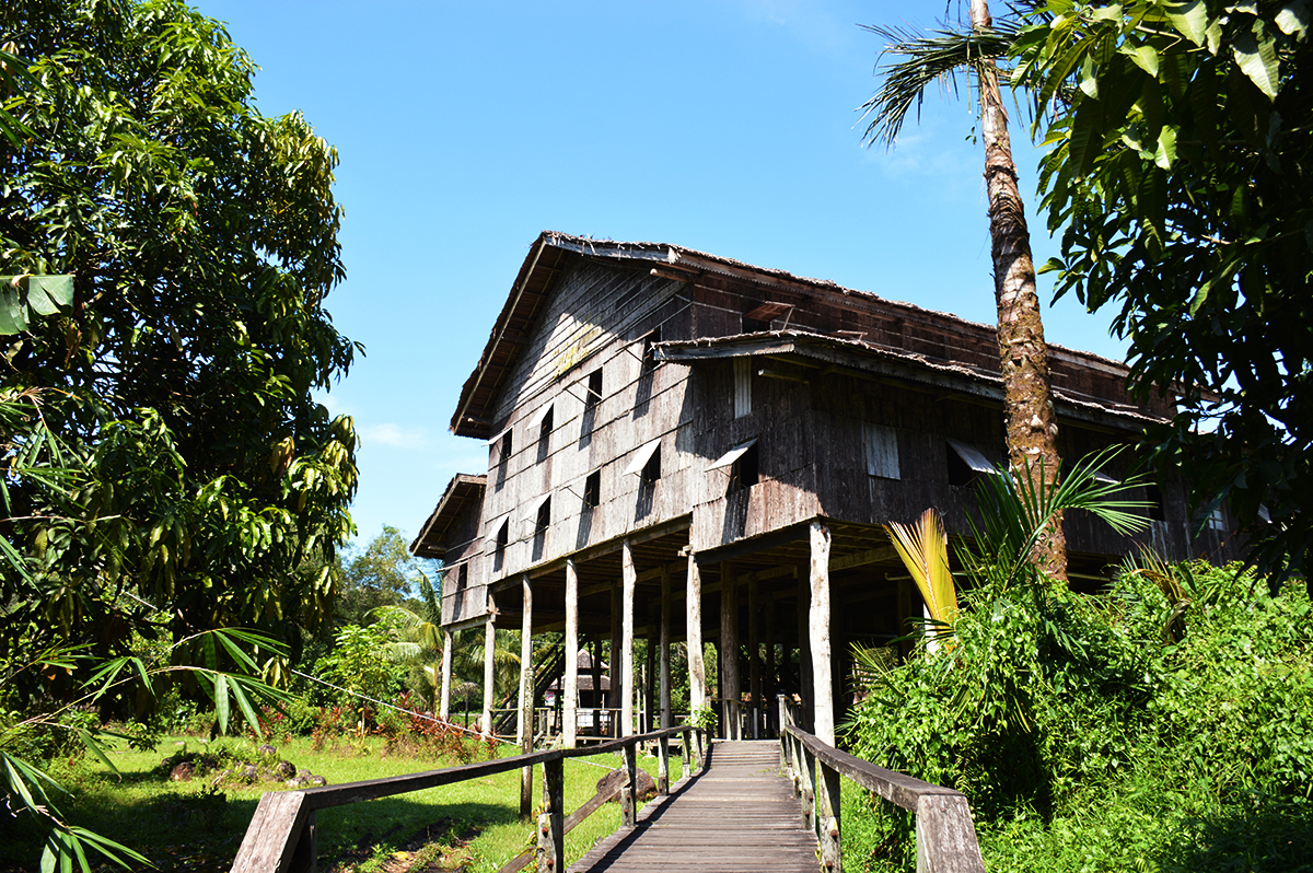 Things to do in Borneo Sarawak Cultural Centre building Double-Barrelled Travel