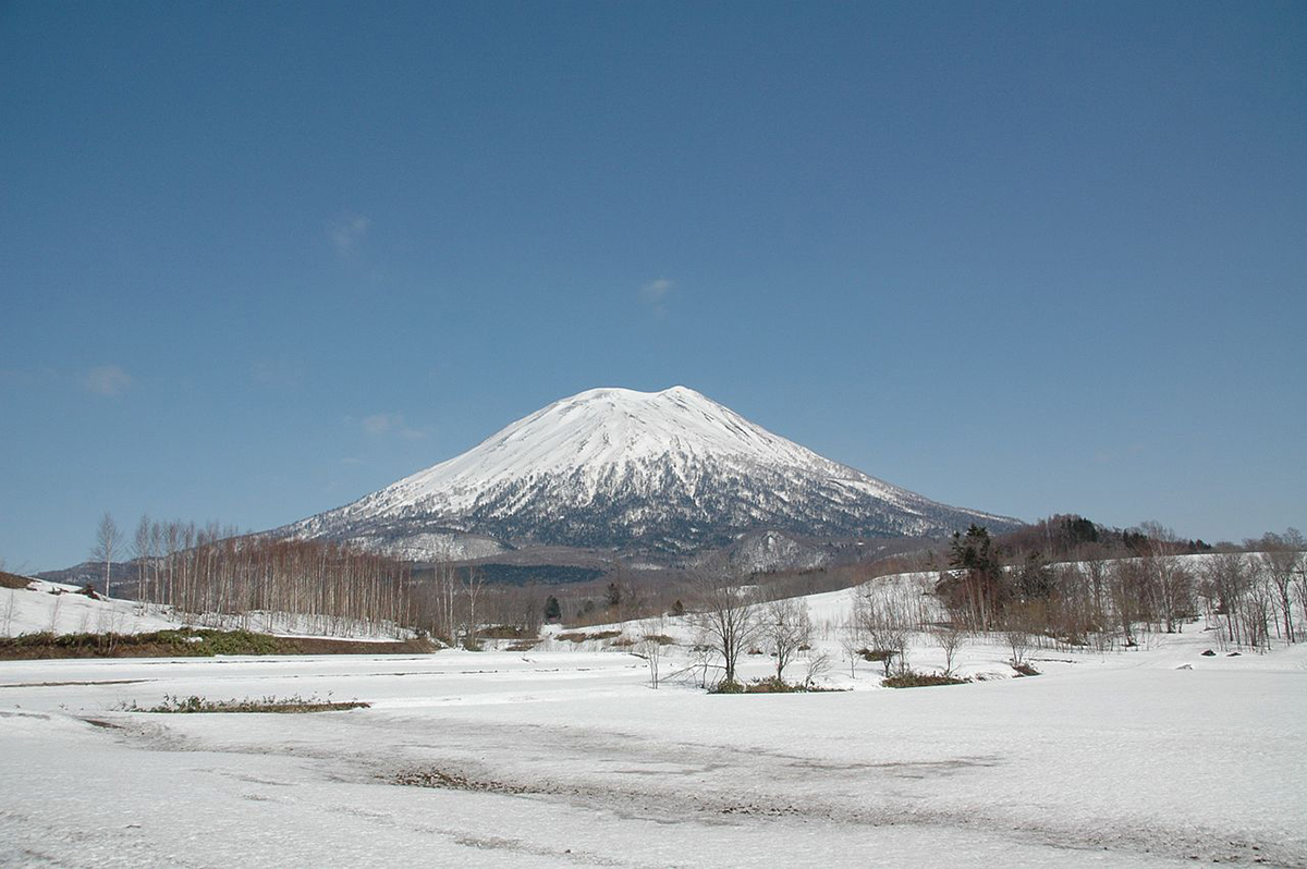 Mt Youtei things to do in Hokkaido Japan Double-Barrelled Travel