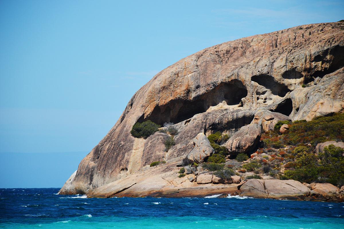 Lucky Bay Esperance Double-Barrelled Travel