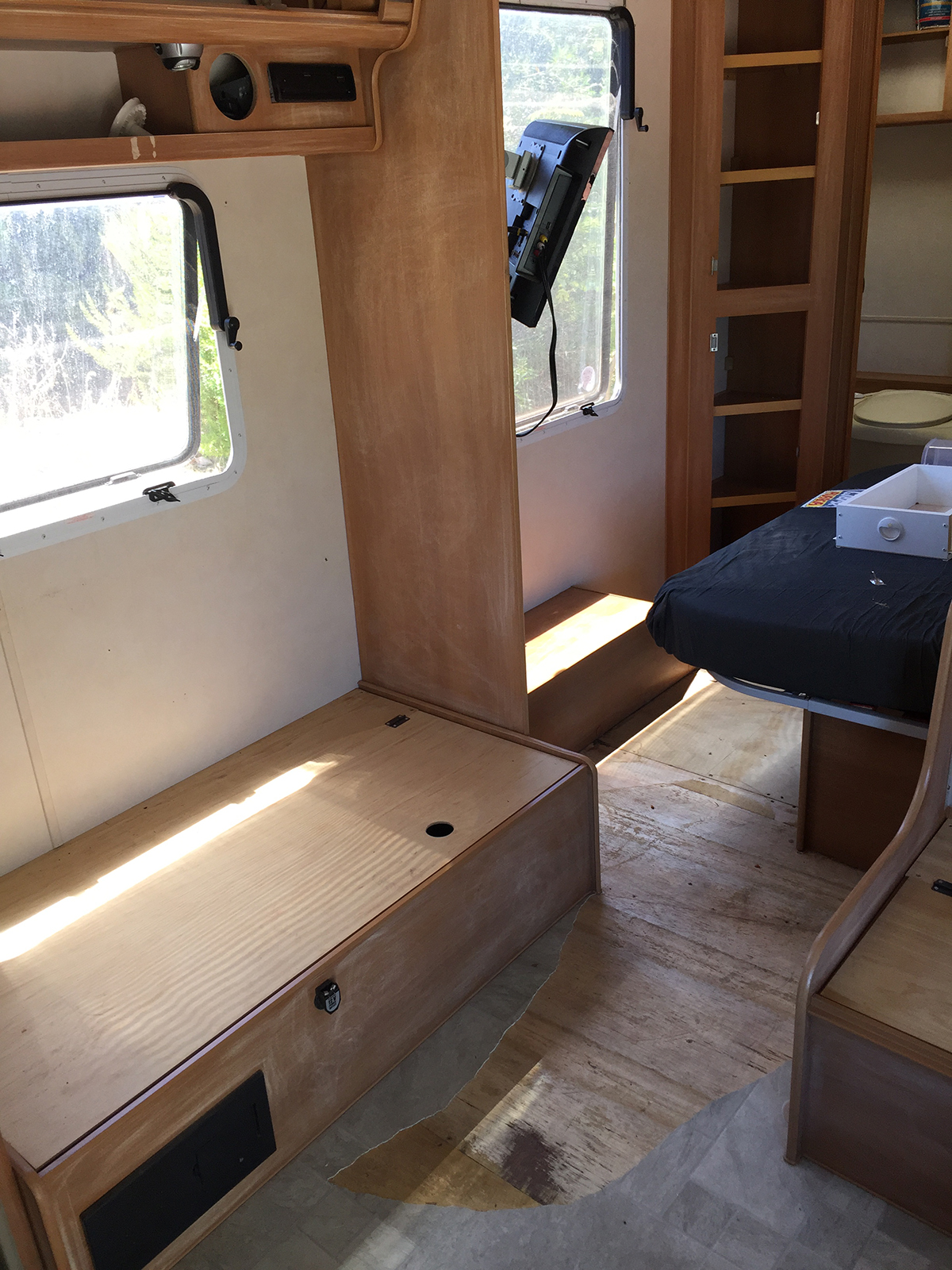 Before Caravan renovation Jayco Double-Barrelled Travel4