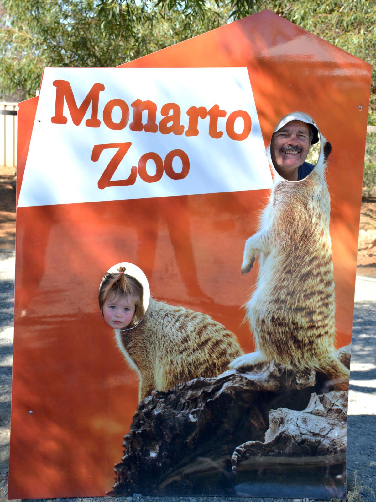 Meercats Monarto Zoo Double-Barrelled Travel
