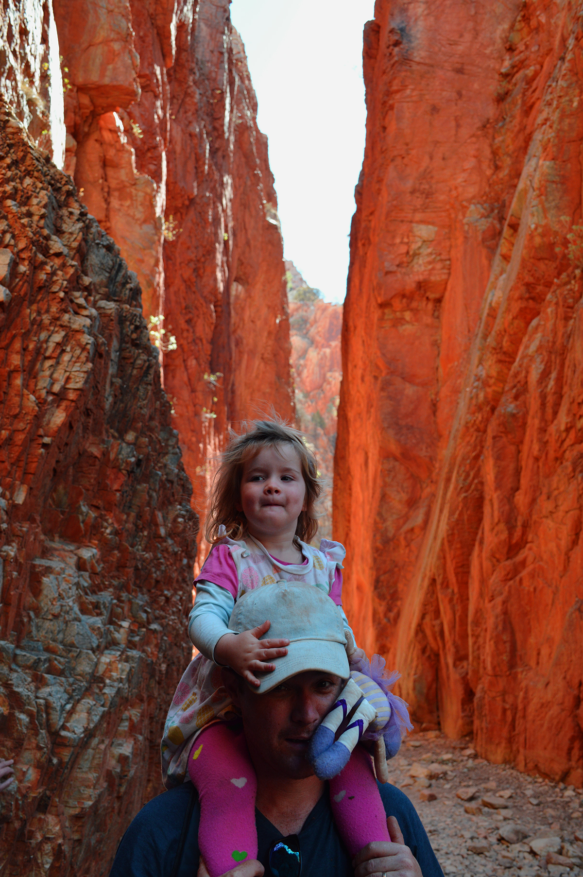 Standley Chasm kids Double-Barrelled Travel